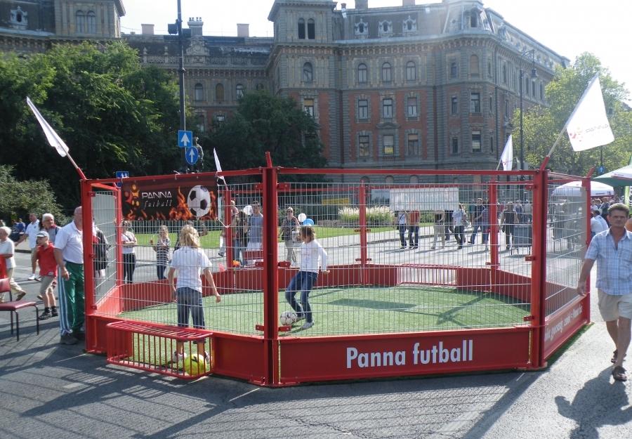 Panna foci - Pannapálya bemutató Autómentes nap 2011