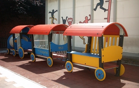 AP Locomotief + 2 wagons **