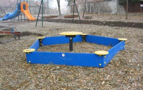 Sandbox table